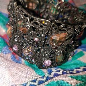 Jewelry - BOLD BRACELET